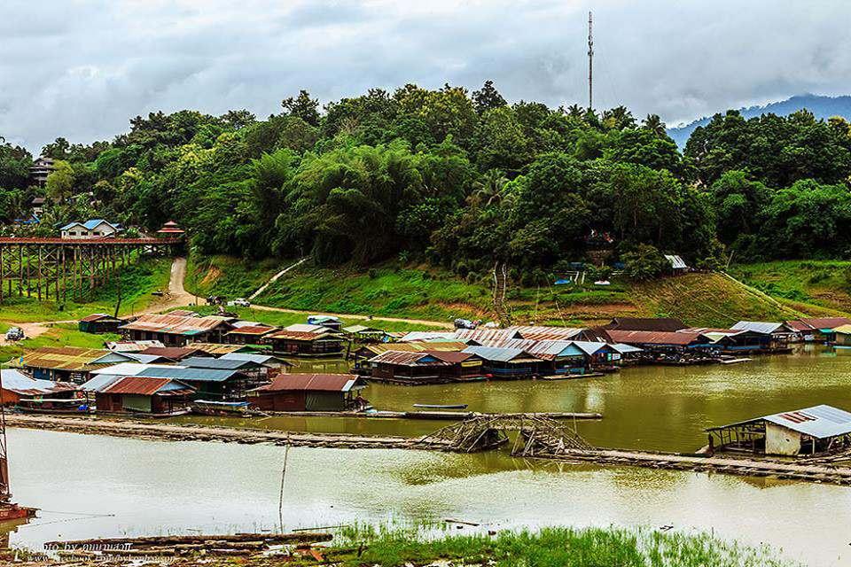 Ban Wang Ka Lang <multi>[fr]sur le lac[en]</multi> - Khao Laem