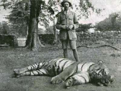 <multi>[fr]Jim Corbett et la Tigresse de Champawat[en]Jim Corbett and the Champawat Tigress</multi>